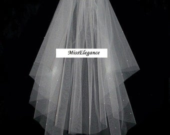 "Bridal Veil ,Wedding Veil, 2 tier Shoulder Length 15"" 20""  Communion,  Hennight veil  Cut Edge veil w detachable comb & Loops White or Ivory"