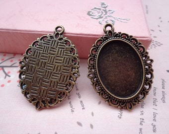 SALE--10 Pcs 36x29mm Antique Bronze Plated Brass Cabochon Base frame Base for making resin photo necklaces and pendants