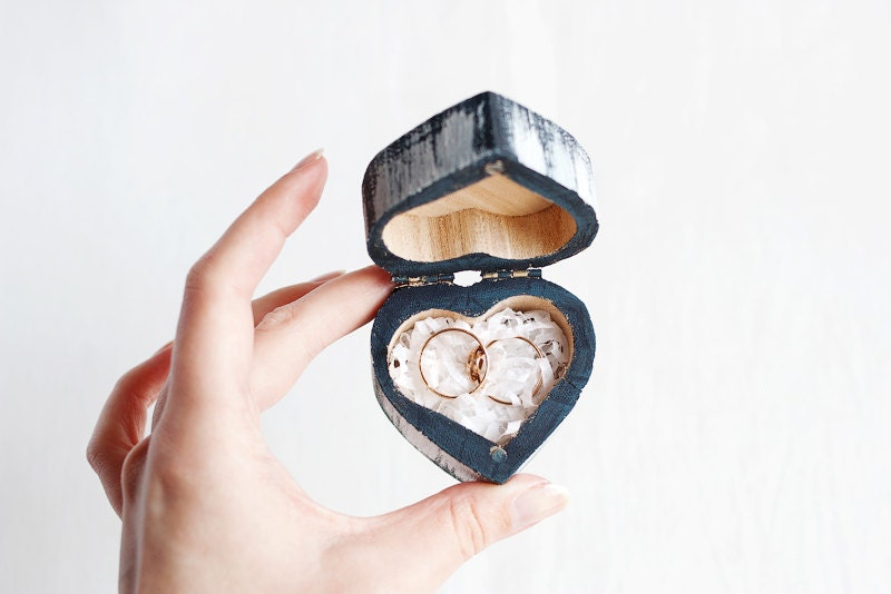 Rustic style heart shaped wedding ring box classic for Heart shaped engagement ring box