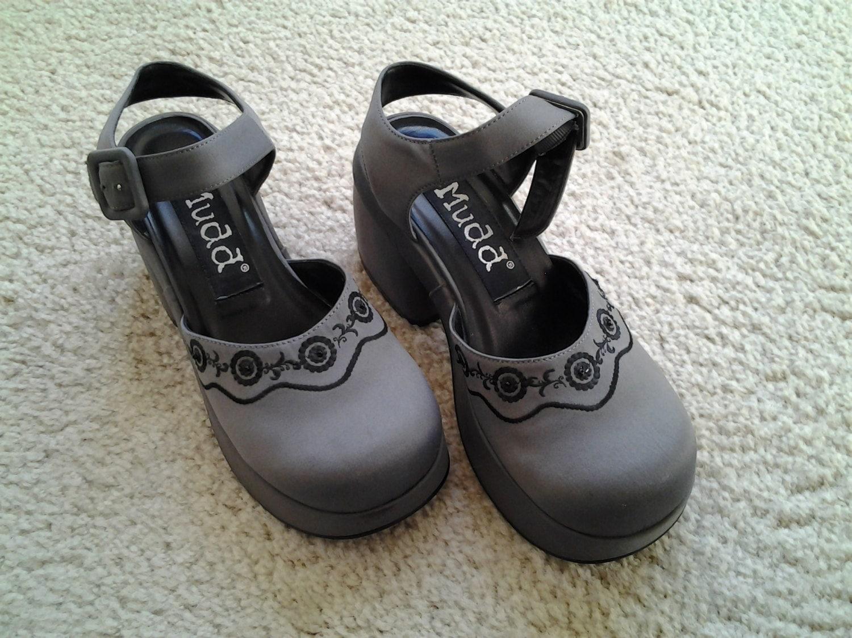 mudd platform shoes size 51 2 m