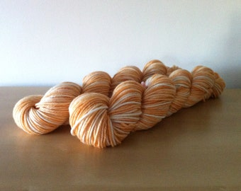 Peaches and Cream - 100% Superwash Merino Hank/Skein - Peach Apricot White Natural
