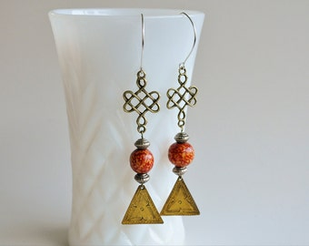 Dangle Earrings Asian Oriental Style Vintage Brass Triangle Chinese Knot Wood Bead