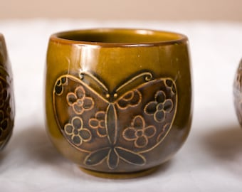 4 Retro Vintage Butterfly Cups