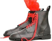 Leather Boots with Red Jolly Roger, UK 8.5, handmade boots, leather shoe, Made in England, gothic - SabineGraf