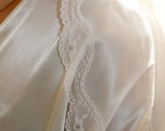 Bridal veil, lace veil, traditional veil