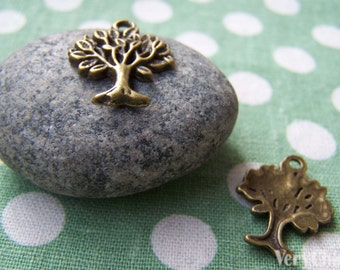 20 pcs of Antique Bronze Tree Charms 16x20mm A458