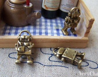 20 pcs of Antique Bronze Lovely Robot Charms 9x17mm A684