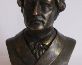 Bronze Bust  Giote  Figure