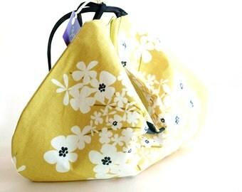 Summer Travel Purse, Bridesmaid Gift Bags, Bridesmaid Clutch, Bridal Clutch, Summer Wedding Clutch, Phone Wristlet, Clutch Purse