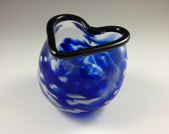 The Heart Vase (Blue and White)