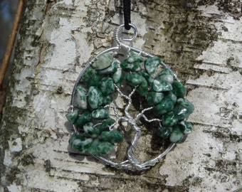 Wire-wrapped Tree of Life Pendant with Tree Agate Stone Chips