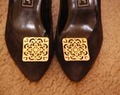 SRO kitten heels