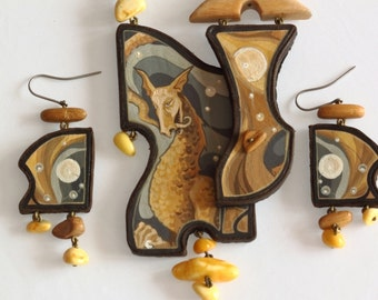 """Hand Painted Leather Wood Baltic Amber Necklace Earrings Set """"DRAGON"""""""
