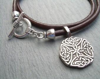 Leather Necklace, Celtic Knot Pendant , Mens Necklace, Mens Jewelry, Womens Necklace, Womens Jewelry