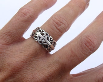 Sterling Silver Split Filligre Cut-out Ring
