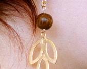Tri Leaf Earrings Gold or White Gold