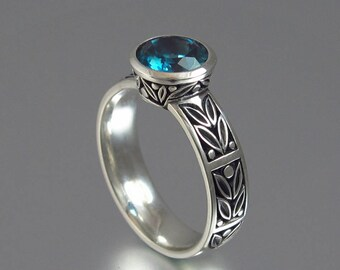 LAUREL CROWN silver ring with London Blue Topaz