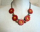 Vintage Style Wooden Flower Button Necklace