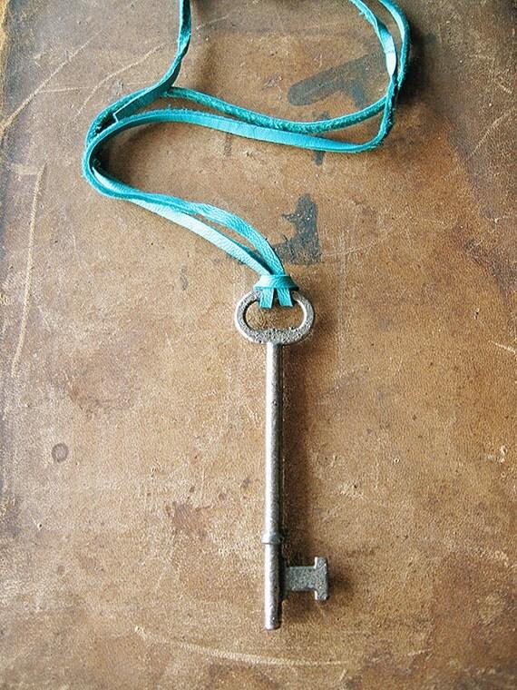 Vintage Skeleton Key Necklace - Teal Deerskin Lace Cord