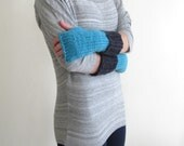 Warm Knit Wool Fingerless Gloves - Handmade Warm Wrist Warmers in Wool - Warm Wool Fingerless Mittens - Teal Turquoise and Navy Blue