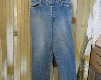 Faded 501 Levis Vintage Blue denim Levis 501  US made workwear button front Levis Boyfriend Levi jeans 36 31