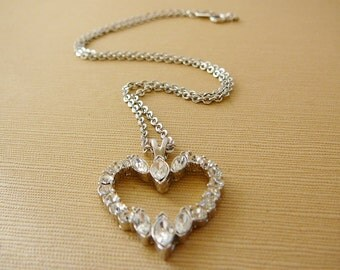 Vintage .. Necklace, Heart Charm Rhinestone Bling Crystal Heart Silver Tone