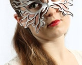 Filigree Flame leather mask in silver