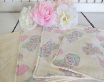 Set of 4 Sweet Bears Print Baby  Washcloths, Reusable Wipes, Napkins