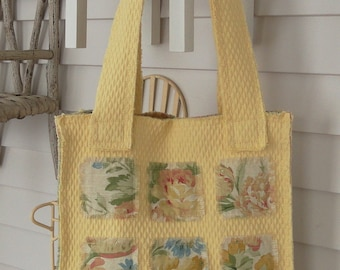 Quilted Frayed Tote Bag with Vintage Look Floral Lining