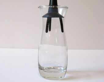 Vintage Pyrex Salt OR Pepper Shaker