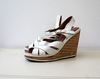 70s platform sandals / white leather sandals / Riverboat Platform sandals