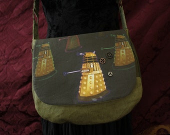 Steampunk Doctor Who Purse EXTERMINATE ! cross body bag/ Army Green hemp Dalek robot monster military tank girl nerd purse