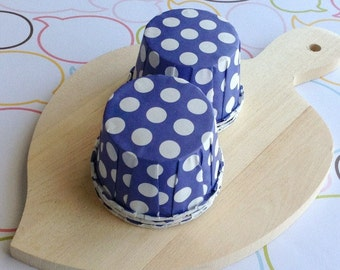 25 Polka Dots Grape Baking Cups