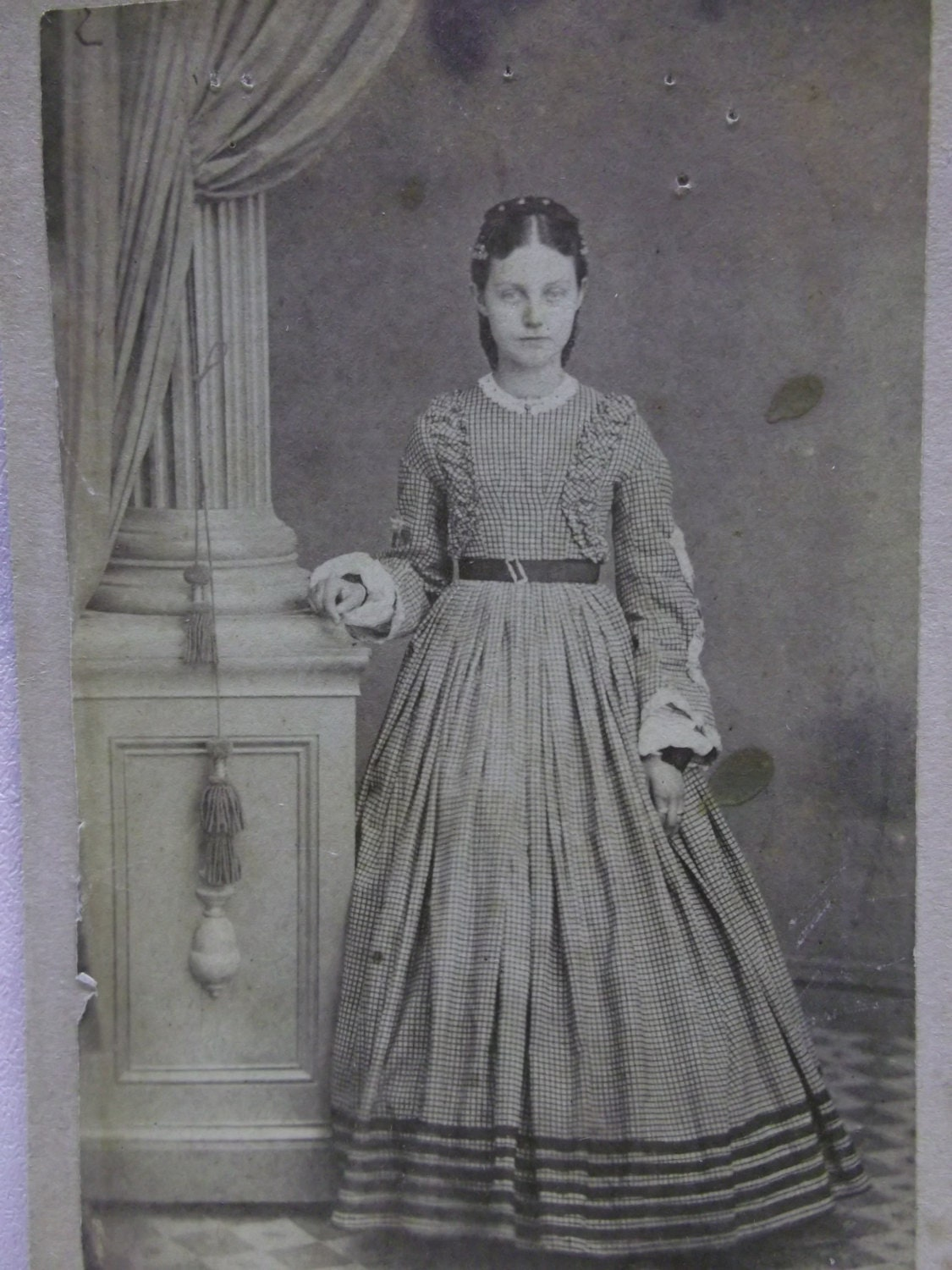 Young Teen Girl In Wonderful 1800's Fashion By Debsatticfinds