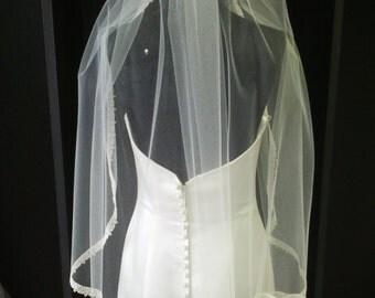 Elbow Length Ivory Lace Trim Wedding Veil Vintage Style