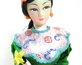 Vintage Asian Pose Doll, Traditional Taiwan Attire, Chinese New Year Celebration Costume Oriental, Woman, Lantern, Pose Doll, Ethnic Culture