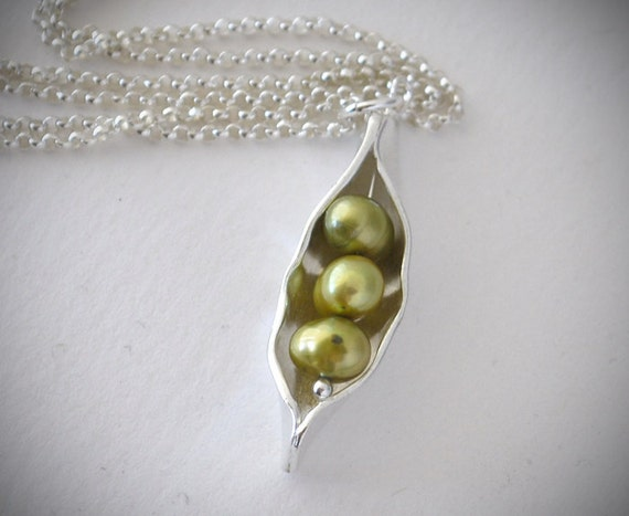 Three Peas In A Pod Necklace Silver Pea Pod Mother S