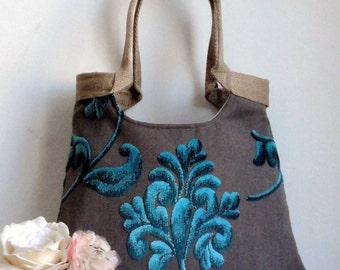 Turquoise tapestry tote bag with jute