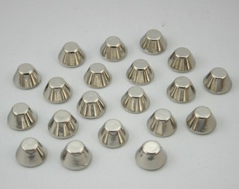 50 pcs. Acrylic Silver Tone Cone Rivets Studs Leather Craft Decorations Findings 10 mm. CHCN10