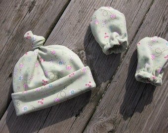 Newborn Hat and Mittens - Light Green with Pink Flowers and Lady Bugs - Ready to Ship