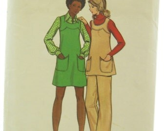 1970s Butterick 6858 Jumper Tunic and Pants Vintage Sewing Pattern Bust 32