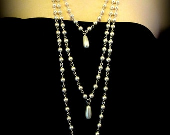 Dramatic and Elegant Teardrop Pearl Necklace
