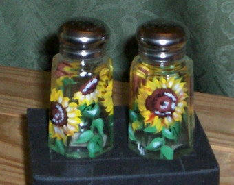 Medium Glass Salt & Pepper Shakers Hand-painted Sunflower Glass Salt and Pepper Shakers by Lisa Hayward