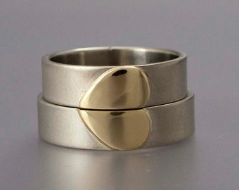 Gold Heart Wedding Ring Set - 14k White Gold Wedding Bands with Yellow Gold Heart - 5mm width