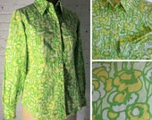 SALE! Groovy Vintage Spring Green Blouse: Vibrant Floral Pattern Long Sleeve Womens Vintage Blouse, Small/Medium