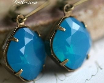 Carribean Blue Swarovski Cushion Cut Earrings, Estate Style Earrings, Blue Earrings, Blue Crystal, Cushion Cut Earrings