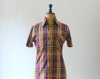 Vintage 1970s cotton plaid shirt. 70s plaid blouse