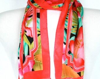 Vintage OSCAR de la RENTA Coral Silk Scarf // Floral