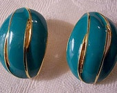 Green Blue Slotted Clip On Earrings Gold Tone Vintage Avon Turquoise Large Striped Edge Swirl Bands