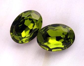 18x13mm Oval Olivine Green Glass Jewels Gems Stones, Foiled, Quantity 2
